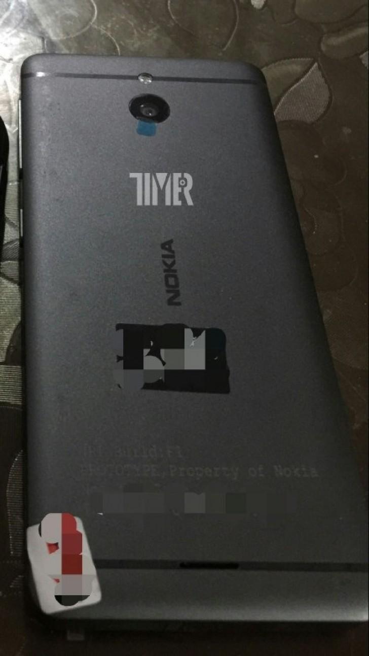 Nokia revine